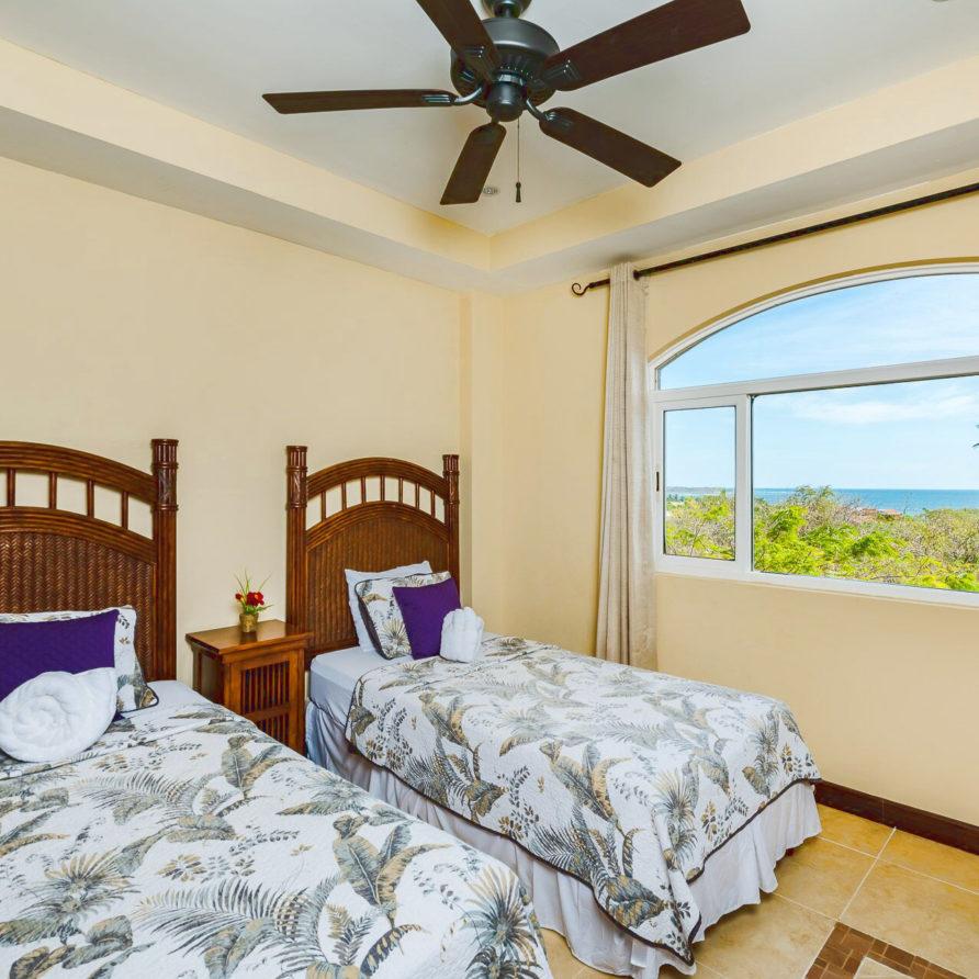 naxos 19 guest bedroom